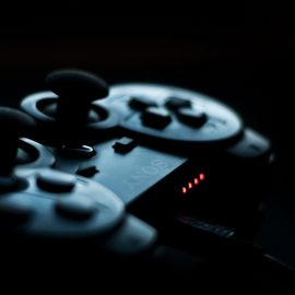 The Aging Gamer: The Console War is Stupid